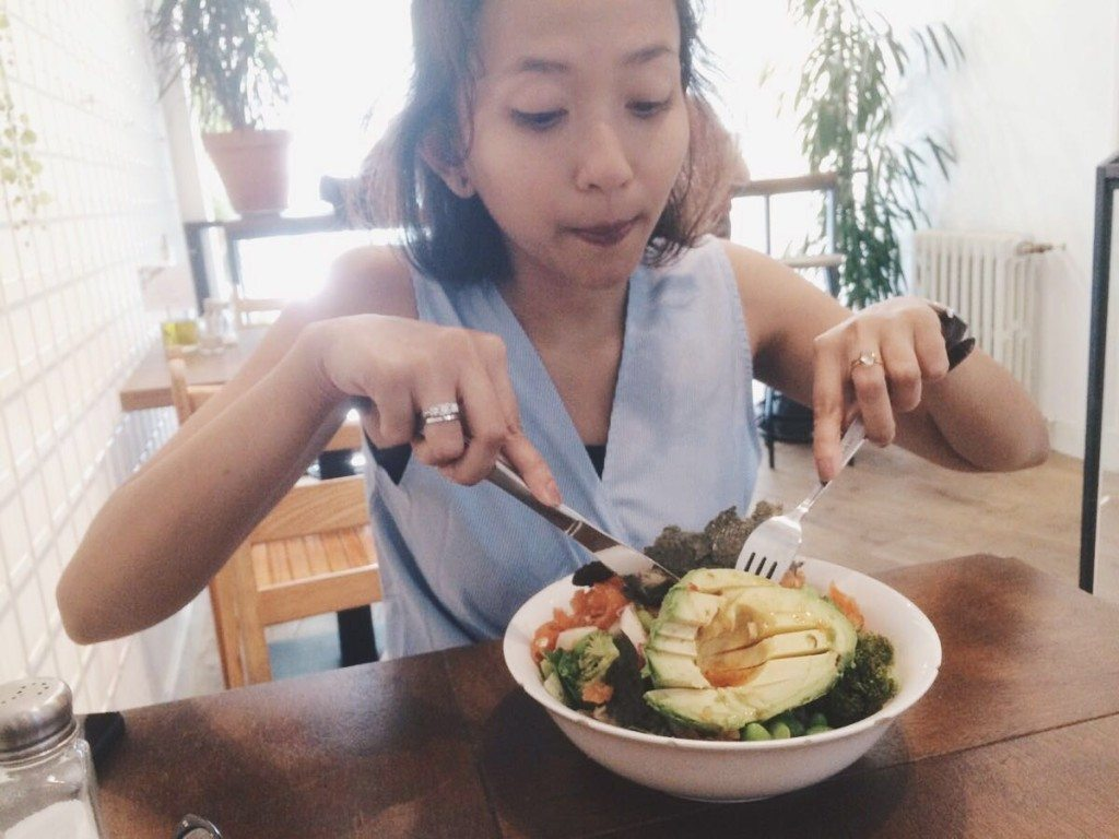 life-in-amsterdam-healthy-salad-life-woman-indonesian-3